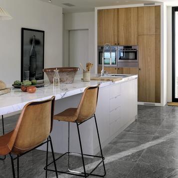 fliesen schwarz k che marazzi. Black Bedroom Furniture Sets. Home Design Ideas