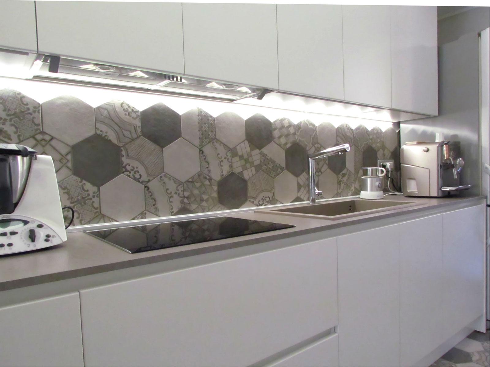 Stunning Piastrelle Per Cucina Moderna Bianca Gallery - Skilifts ...