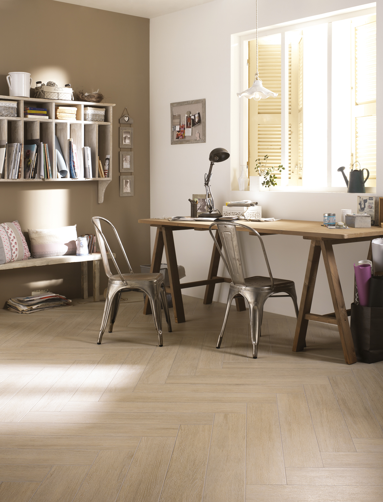 wohnzimmer farbe taupe:Bathrooms with Marazzi Vesale Stone Sand